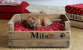 Cama para las mascotas con cajón de madera