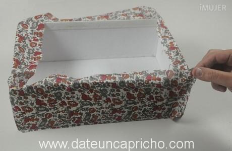 Como-forroar-una-caja-3-460x300