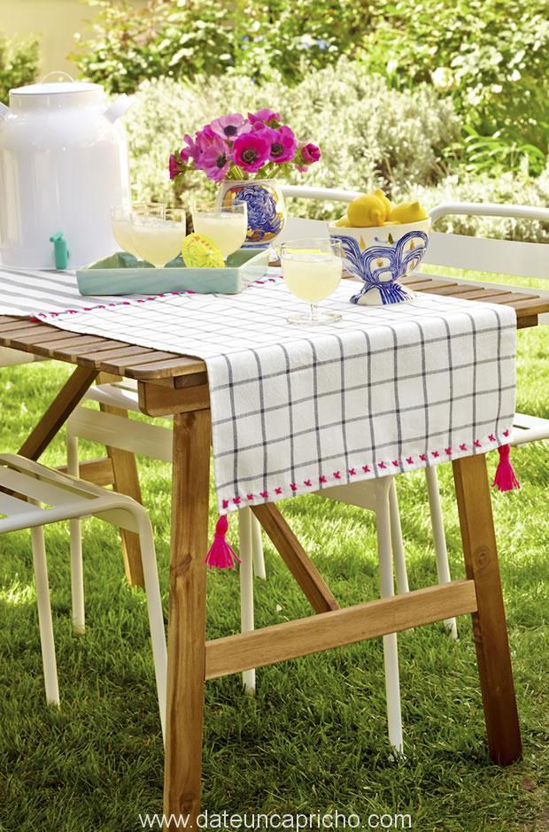 Photo of Cómo hacer un camino de mesa con paños de cocina