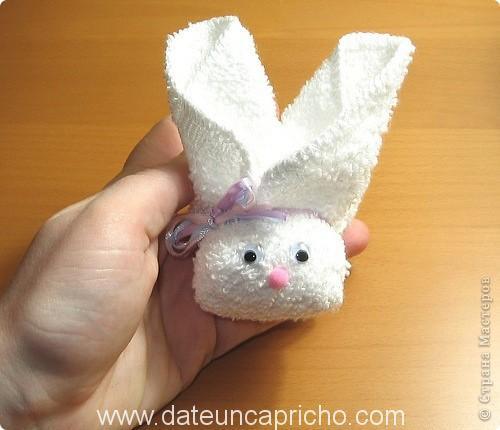 Photo of Quieres hacer un conejito con una toalla?
