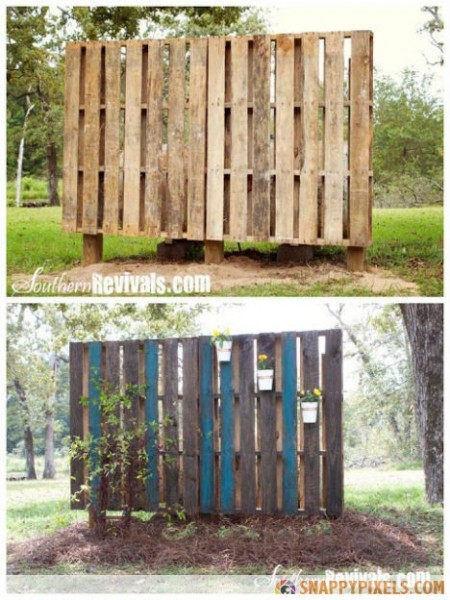 Pallet-Projects-Garden-Wall (1)