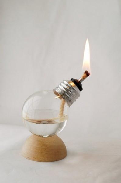 ideas-para-reciclar-bombillas-de-luz-11