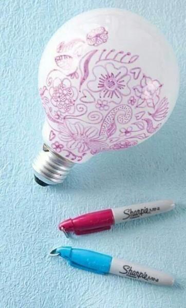 ideas-para-reciclar-bombillas-de-luz-16