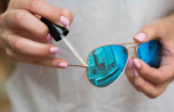 sunglass-nail-polish-lgn