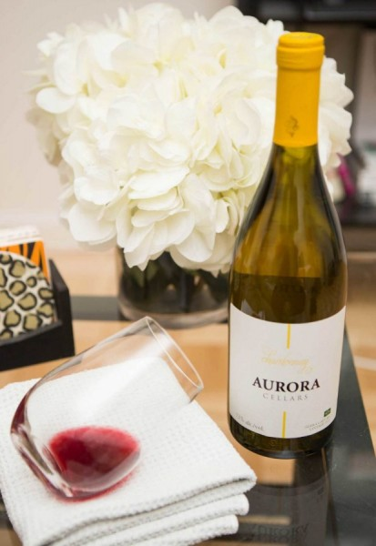 white-wine-red-wine-lgn