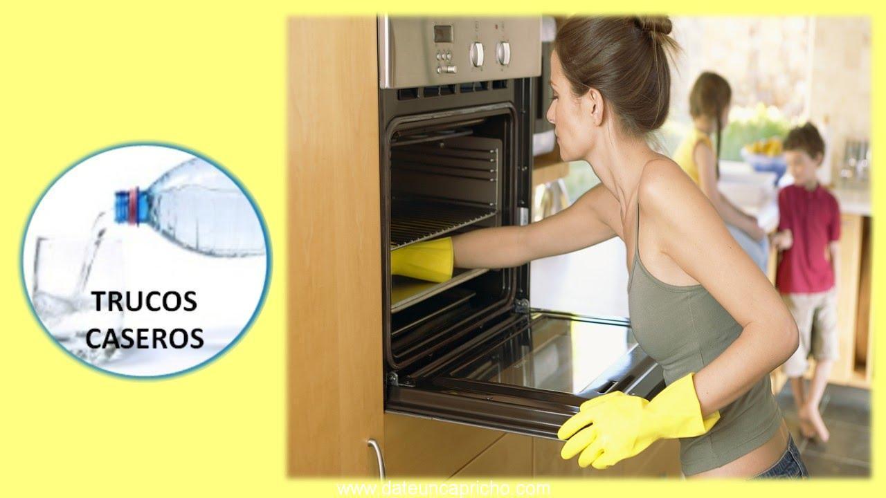 como limpiar el horno con vinagre y bicarbonato de soda para evitar limpiadores abrasivos
